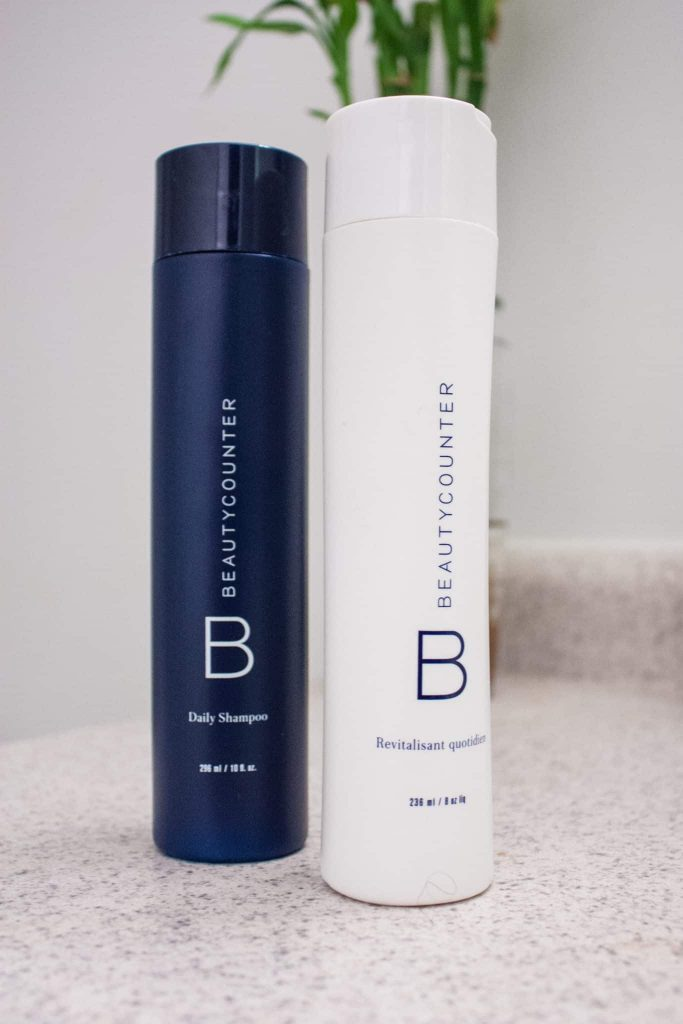 BeautyCounter Daily Shampoo and Conditioner Review. How these non-toxic products work on natural hair.
