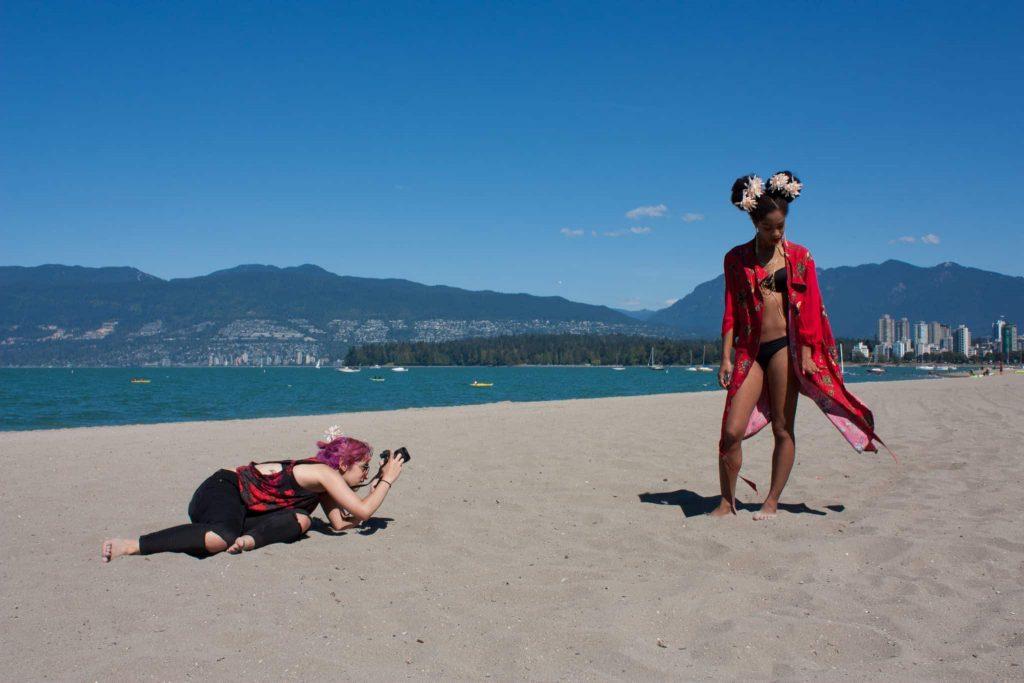 Photographer | Afro Puff Flowers | Beach Photoshoot | Black Girl Magic | Bikini | Cover Up | Tilda Kimono