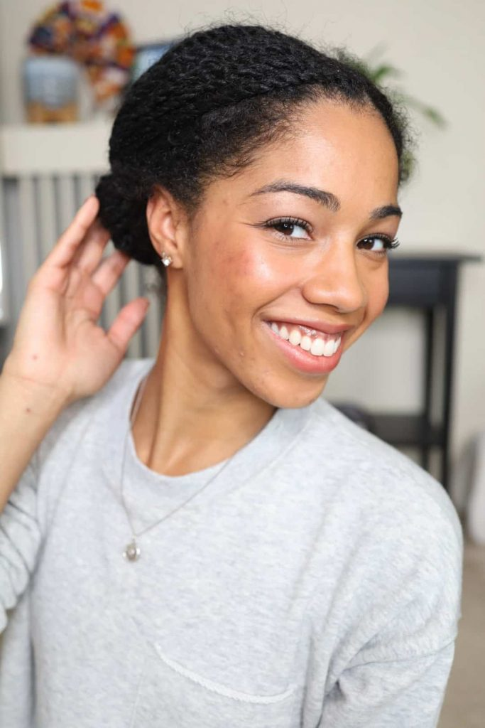 Natural Hair Blogger showing how she sleeps by styling mini twists