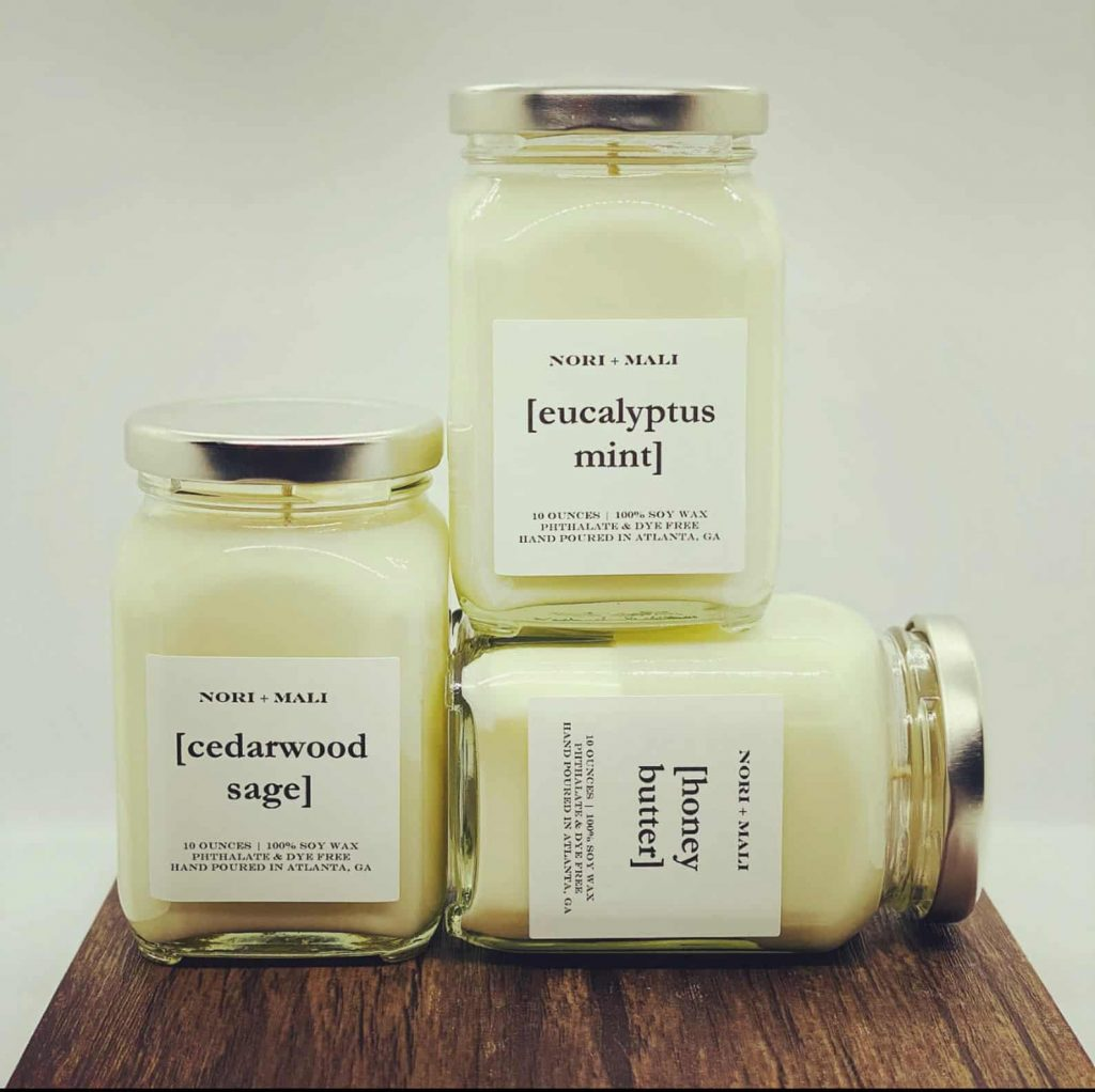 Set of Scented Soy Candles white and gold | Black Owned Candle Companies